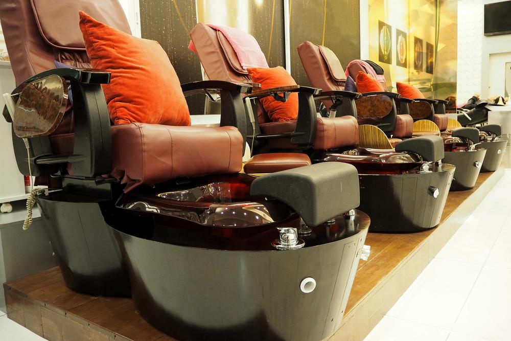 5 sillas de pedicura para quienes están comenzando su propio salón de belleza