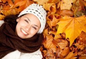 10 bufandas tejidas que podrás combinar con tu atuendo este otoño