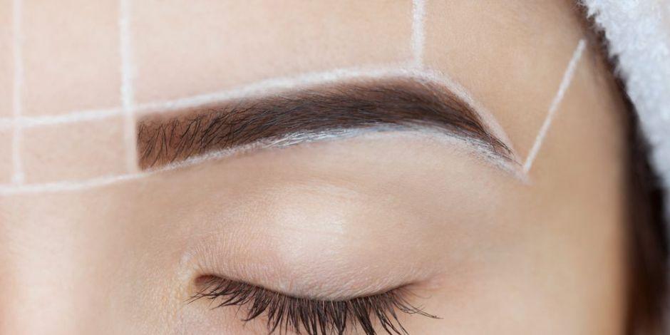 4 eficaces productos para depilar tus cejas y lograr la forma deseada