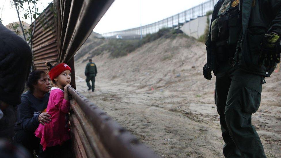 Las medidas con las que Estados Unidos quiere evitar más muertes de niños migrantes en la frontera