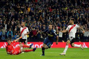 Así fue el gol con el que el 'Pipa' Benedetto abrió la final River-Boca