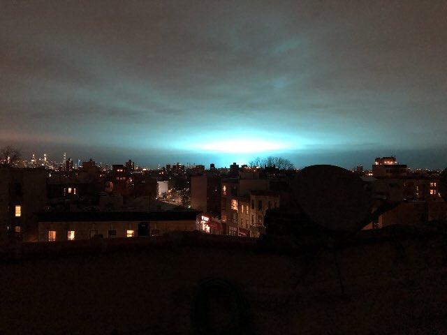 """Explosión en Queens: Los videos del """"apocalipsis"""" y la """"invasión extraterrestre"""" no demoraron"""