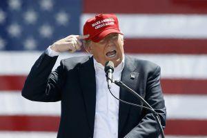"Trump defiende su ""cruel e inhumana"" política migratoria"