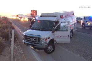 Paciente roba ambulancia y genera persecución antes de chocar