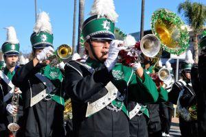 Sueño cumplido: alumnos de Fontana llegan al Desfile de las Rosas
