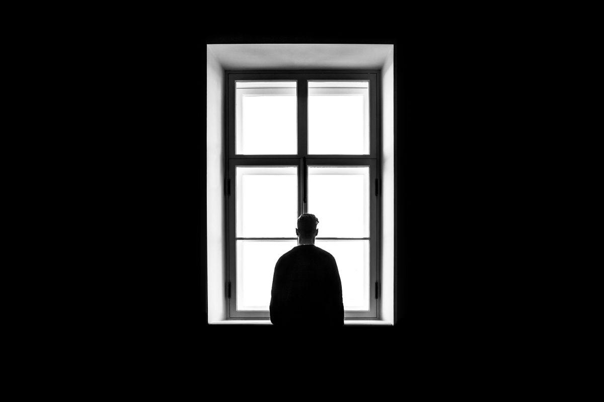 La soledad empeora las condiciones de salud.