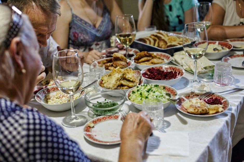 Checa estos tips para evitar ganar peso en esta temporada de fiestas