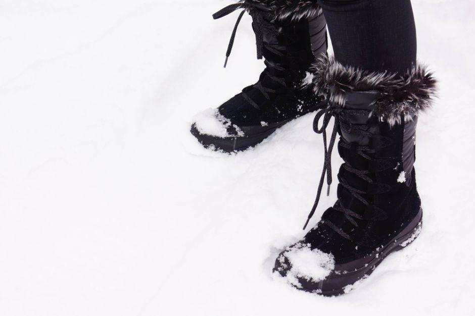 Las 3 mejores botas impermeables para caminar por la nieve