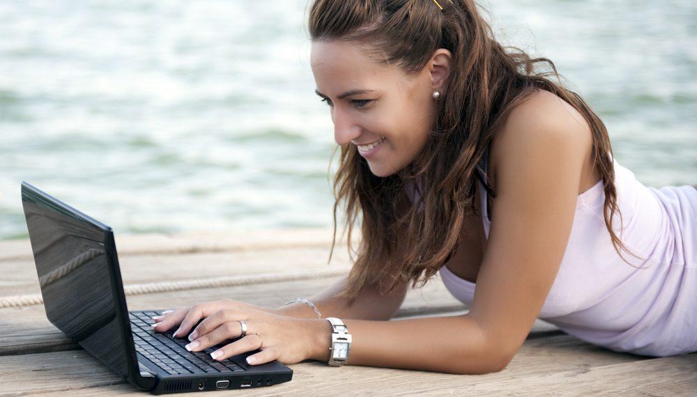 Las 5 mejores mini laptops por menos de $200