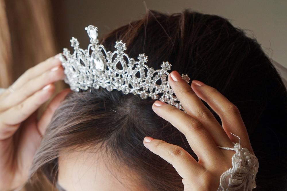 5 tiaras perfectas para tu peinado de novia en la boda