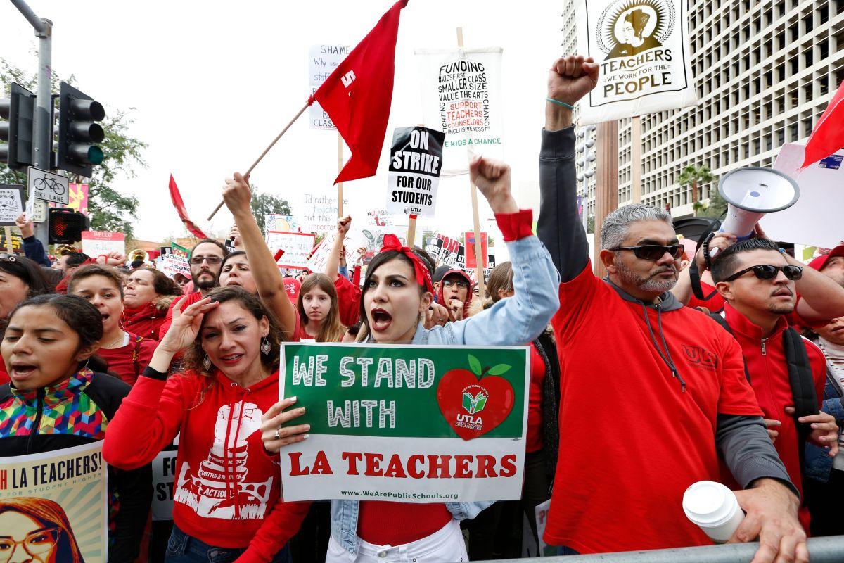 Hay progreso, pero huelga de maestros de Los Ángeles continuará este martes