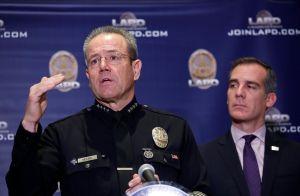 En Los Ángeles sólo el 52% de los policías y el 51% de los bomberos está vacunado contra el COVID-19