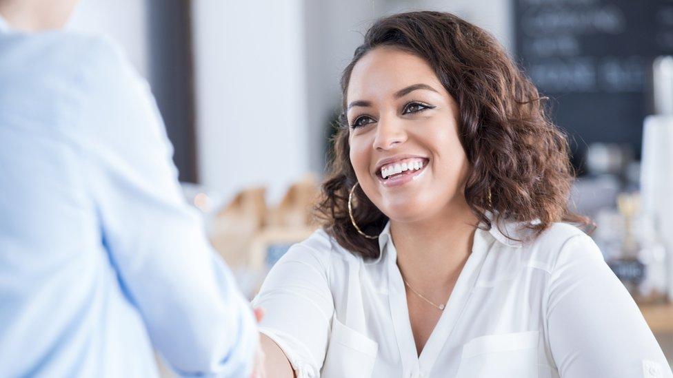 Las 10 habilidades que necesitas tener para encontrar trabajo este año, según LinkedIn