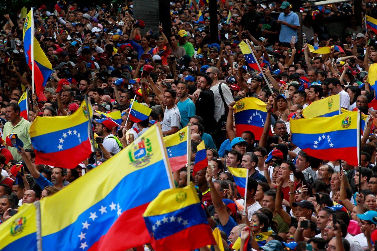 Las Ligas Mayores aconsejan a sus miembros no viajar a Venezuela