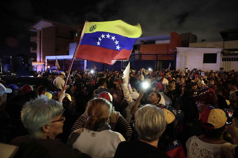 """Rusia advierte un posible """"baño de sangre"""" en Venezuela, denuncia """"usurpación"""" de Juan Guaidó"""