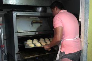 Esta panadería da oportunidades laborales a personas sordas en Acapulco