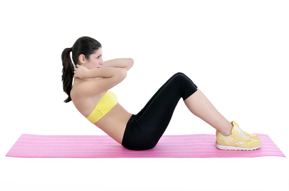 5 Ejercicios para reducir el abdomen y la cintura en casa