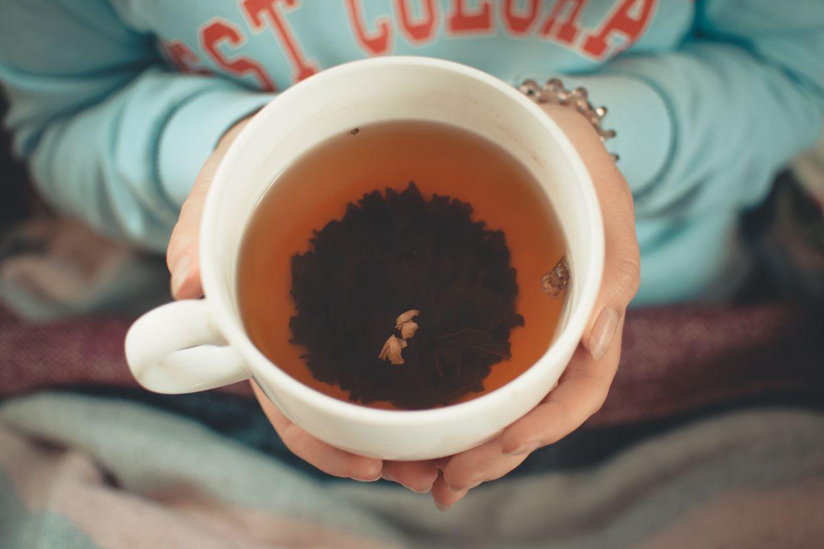 Los 3 mejores tés herbales que te ayudarán a combatir el insomnio