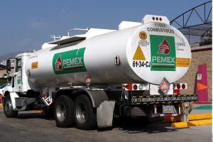 México anuncia su mayor descubrimiento de petróleo en tres décadas