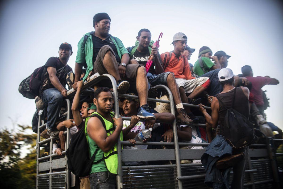 Cierran la llave de ayuda oficial y civil a caravanas en México