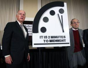 Amenaza nuclear, climática y desinformación: El mundo a dos minutos del abismo