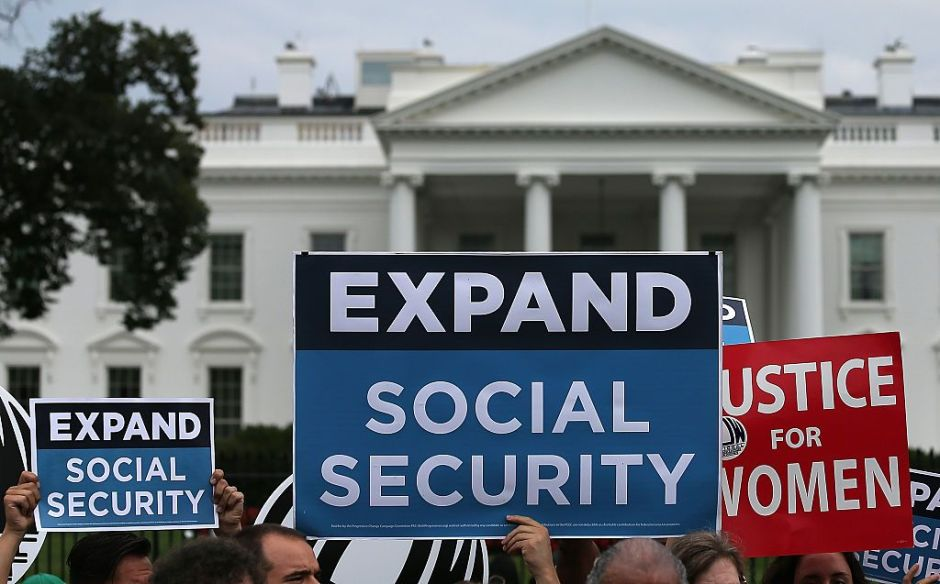 Encuestas sobre socialismo vs capitalismo solo sirven para dividir y atemorizan a los votantes