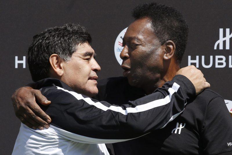 De grande a grande: Pelé le desea una rápida recuperación a Maradona