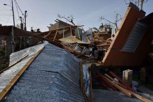 Grupo de 45 voluntarios de NY llega a Puerto Rico para seguir reconstrucción tras huracán María