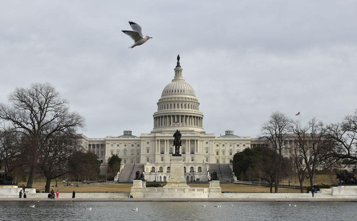 El Senado de Estados Unidos rechazó este jueves dos propuestas para posibilitar la reapertura de la Administración gubernamental.