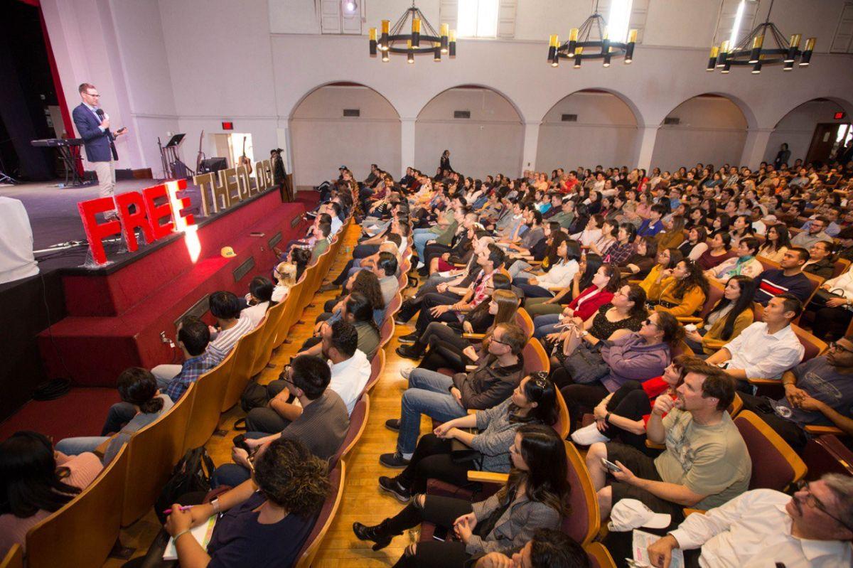El Seminario Teológico One Logos ofrece educación bíblica sin costo de matrícula