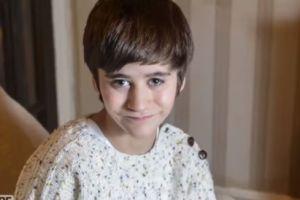 Una extraña mutación genética provocó que este niño tenga un riñón en una de sus piernas