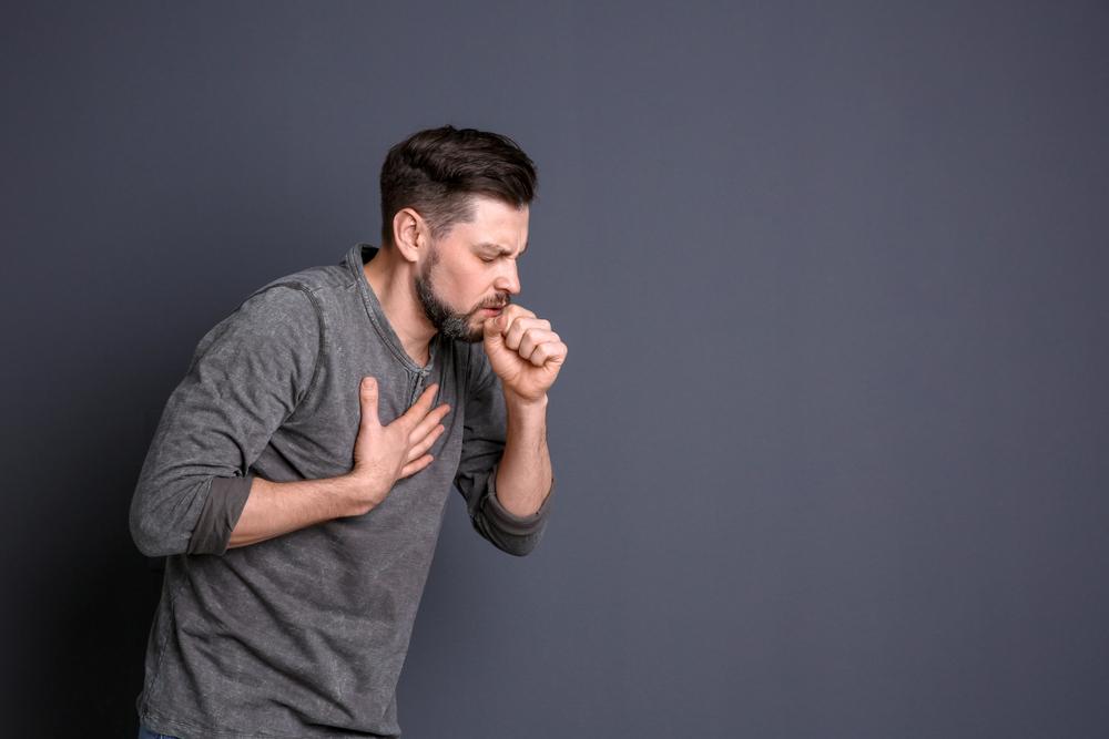 ¿Sabías que neumonía y pulmonía no son lo mismo? Checa sus diferencias