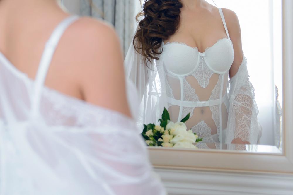 Los 3 mejores corsets de novia para sorprender a tu esposo en la noche de bodas