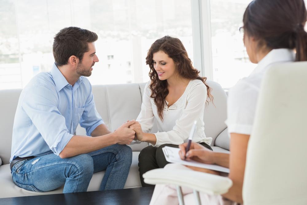 Por qué no debes hablar de tus relaciones en redes sociales