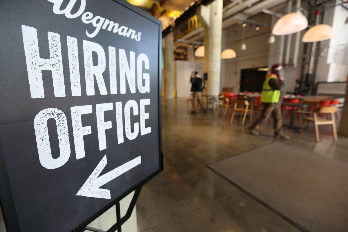 El mercado de trabajo se mantiene robusto al inicio del año./Mariela Lombard