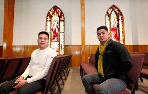 Jóvenes nicaragüenses en busca de asilo encuentran refugio en iglesia bautista