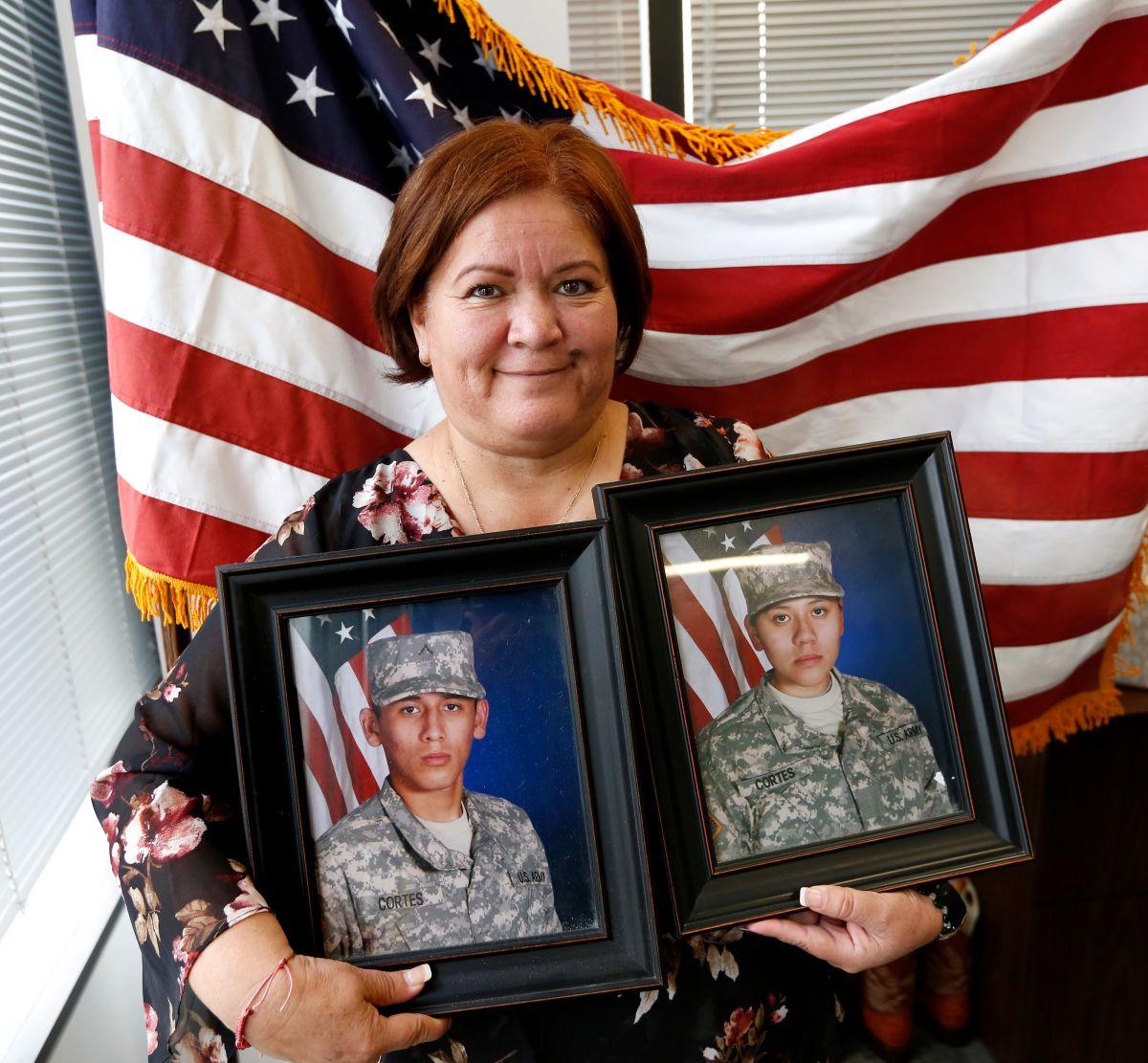 Inmigrante logra la residencia gracias a sus hijos militares