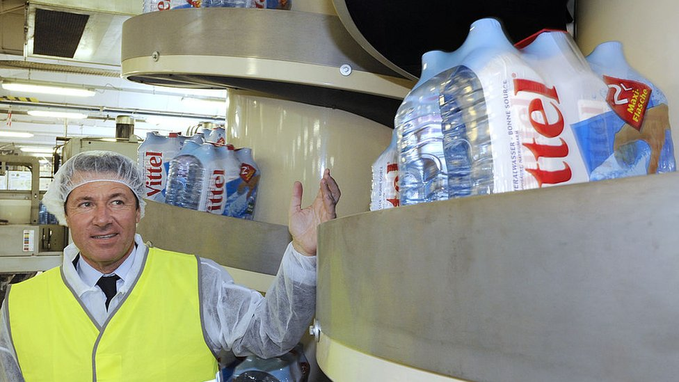 Vittel contra Nestlé: el pueblo de Francia que exportaba agua y ahora ya no tiene este recurso