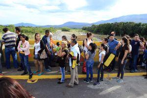 5 millones de venezolanos vivirán a fin de año fuera de su país si se mantiene la crisis