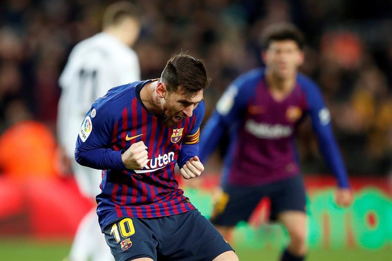 Lionel Messi hizo doblete en el empate 2-2 de Barcelona con el Valencia