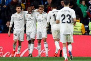 Real Madrid respira en La Liga gracias a Benzema, Vinicius y Mariano