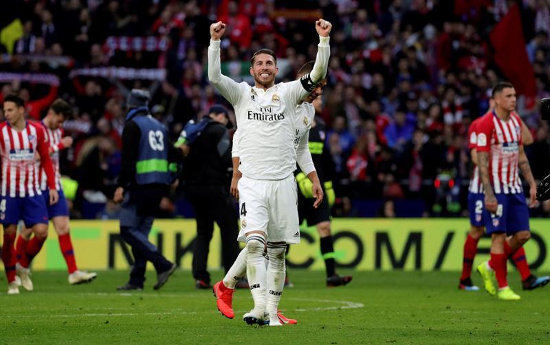 Sergio Ramos celebra el triunfo del Real Madrid sobre el Atlético de Madrid