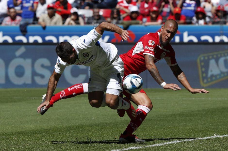 Cruz Azul sacó un empate con sabor a derrota de Toluca