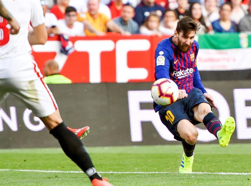 Hat-trick de Lionel Messi en goleada del Barcelona frente al Sevilla