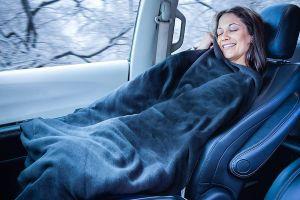 5 cobijas eléctricas para usar en el auto y mantenerte caliente al conducir