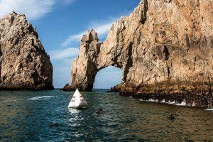 El famoso arco de Cabo San Lucas podría desplomarse