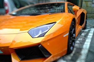 Puedes conseguir Lamborghinis y otros superautos por menos de $50K, pero no son lo que parecen