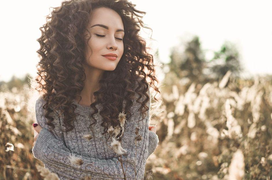 3 tips para cuidar y mantener tu cabello rizado