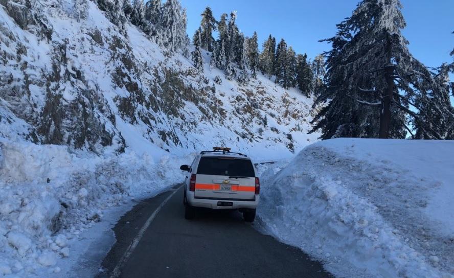 La nieve ha llegado hasta los 10 pies en las zonas montañosas de California durante esta temporada invernal.