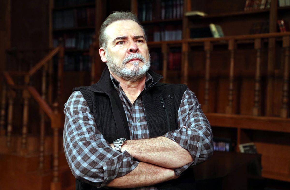 Actor de Televisa, César Evora, sufre discriminación en Estados Unidos